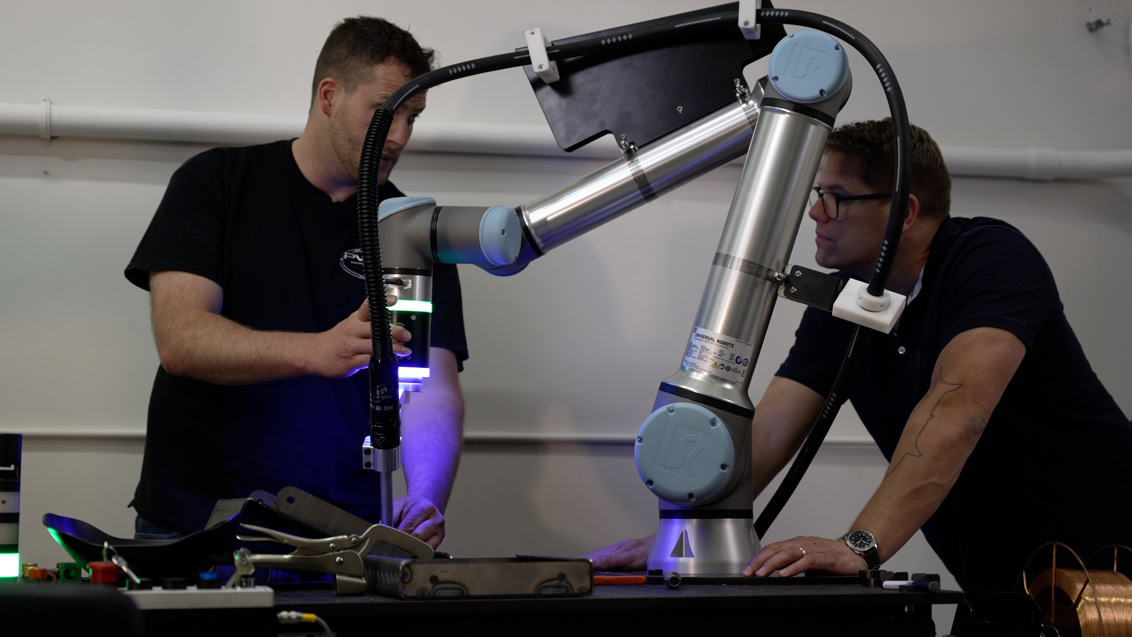 cobot_welder_welding_cobot_robot