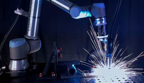 cobot-welder-welding